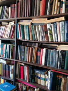 ארון ספרים - כתיבת אוטוביוגרפיה